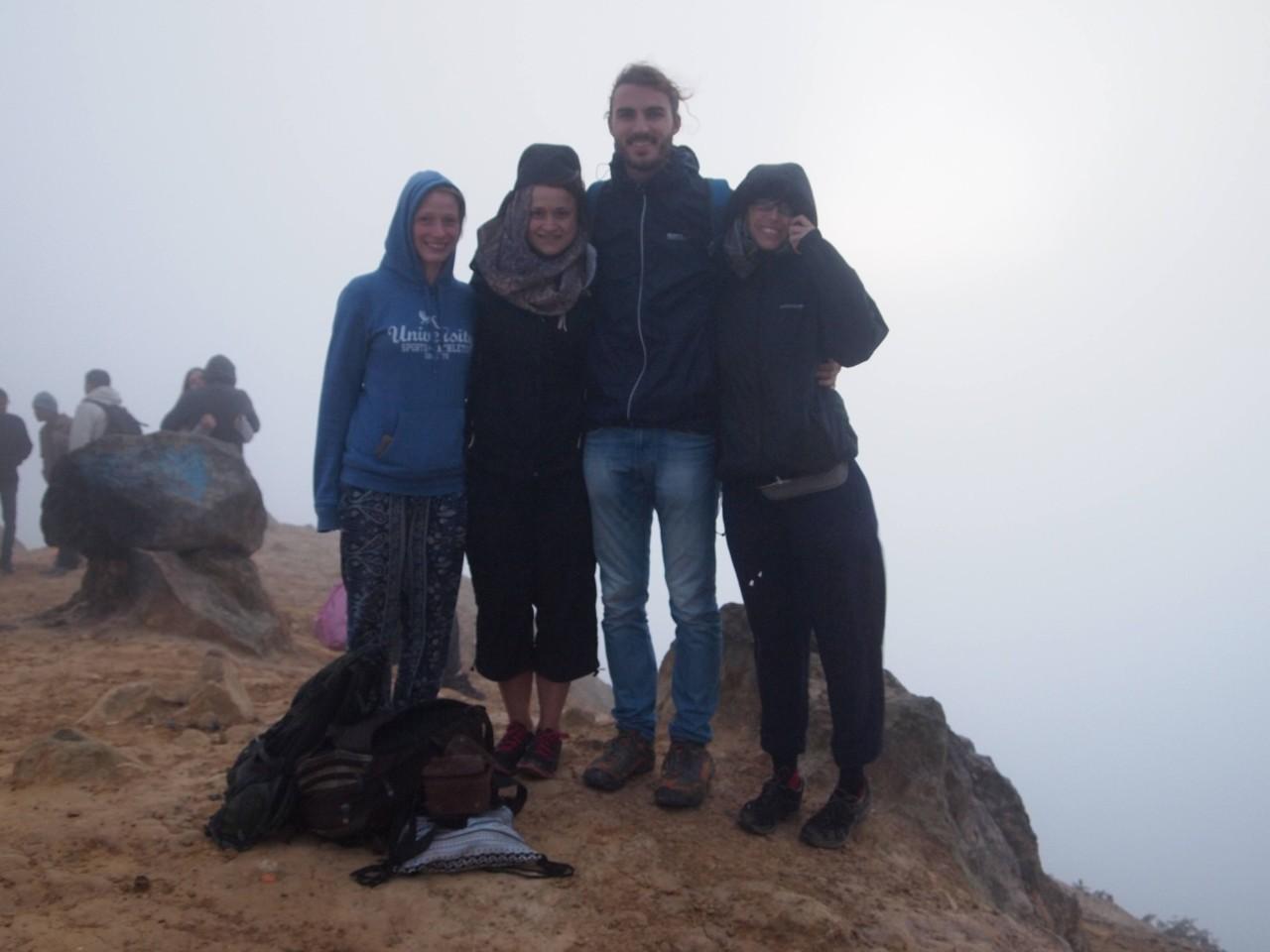 Mit Annika und Jule auf dem Vulkan