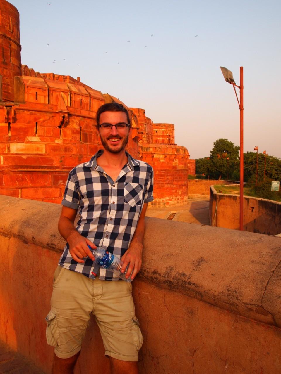 Vor dem Agra Fort