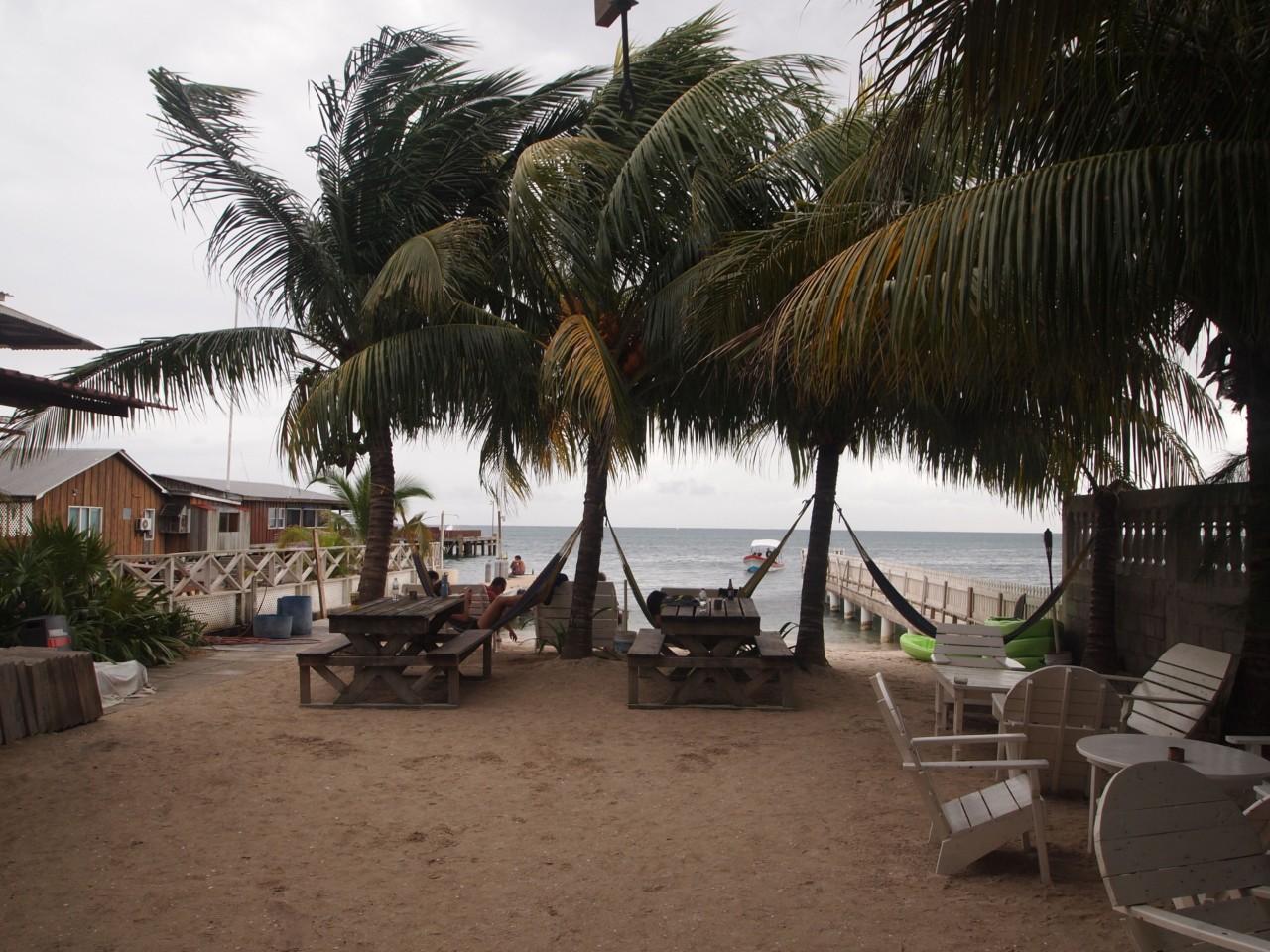 Der Strand von unserer Unterkunft/Tauchschule